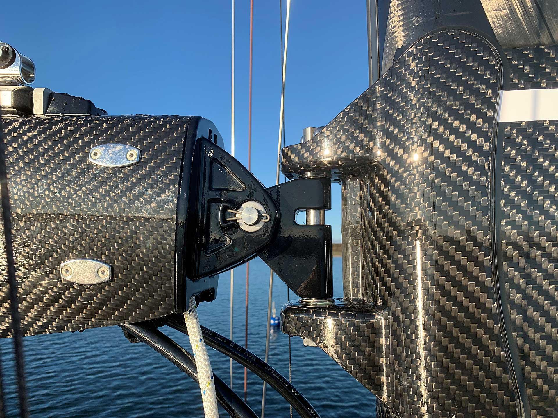 Major leap for effortless performance - Carbon furling mast